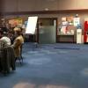 <h3>Dans un hôpital désaffecté de Draveil, salle de réunion des «Infidèles Anonymes»</h3>